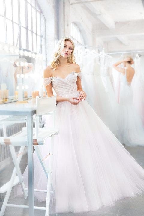 blush-hayley-paige-bridal-spring-2018-style-1809-milo_6